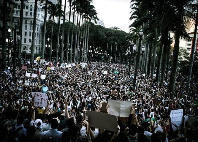 Protestos movimento Passe Livre Brasil Facebook