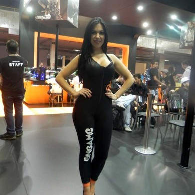 Booth_babe_gata_Point_blank_BGS_2014