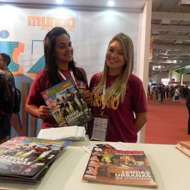 Booth_babe_gata_live_Mundo_Estranho_2015_BGS_2014
