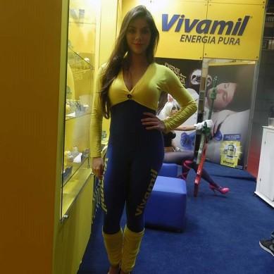 Booth_babe_gata_Vivamil_2015_BGS_2014