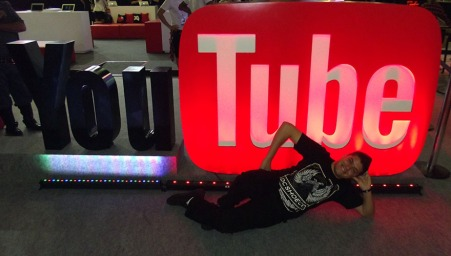 BGS2015 - Area You Tube Gaming Versao Sexy [NSFW]