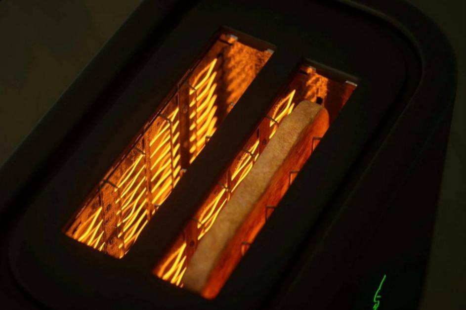 torradeira_razer_breadwinner_toaster.jpg
