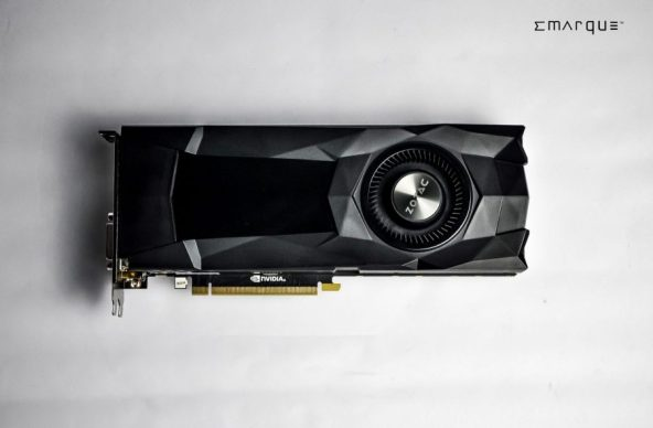 ZOTAC-GeForce-GTX-1070-Reference-Edition-7-900x590
