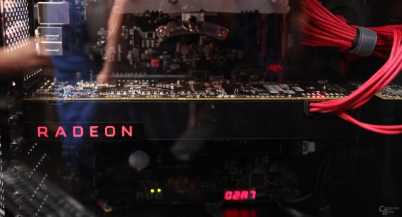 amd-radeon-vega-graphics-card-4